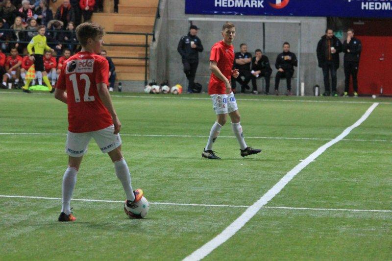 Martin Vinjor i aksjon for a-laget mot Nybergsund IL-Trysil.