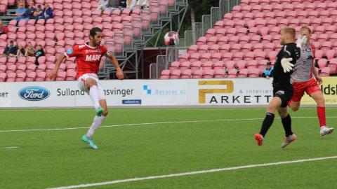 Adem Güven fortsetter å score for KIL. I lørdagens NM-seier mot Strømmen stod kapteinen for to av KILs tre scoringer.